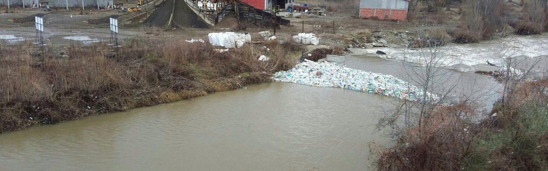 I u vanrednom stanju brana čuva reku Rašku